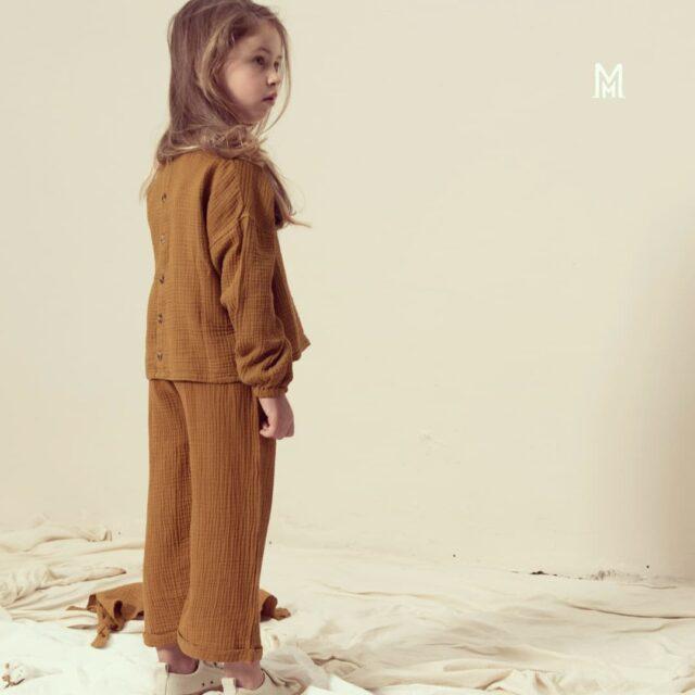 Έχουν διαλέξει και τα δικά σας παιδιά τα ρούχα που θα φορέσουν την πρώτη μέρα στο σχολείο;  🍂Τελευταίες 2 μέρες εκπτώσεων 🌿100% organic cotton www.miameramagiki.gr . . . . #miameramagiki #kidswear #παιδί #family #motherhood #kids #kidsclothes #kidsfashion #organic #organic_clothes #organic_kids_clothes #organiccotton #organic_cotton #οργανικό#οργανικά #παιδικά_ρούχα#οργανικαρουχα #οργανικά_ρούχα #unisexkidsclothes #pants #blouse #widepants #shirts #blouses #organic_kidswear #organicfashionforkids #organicfabric